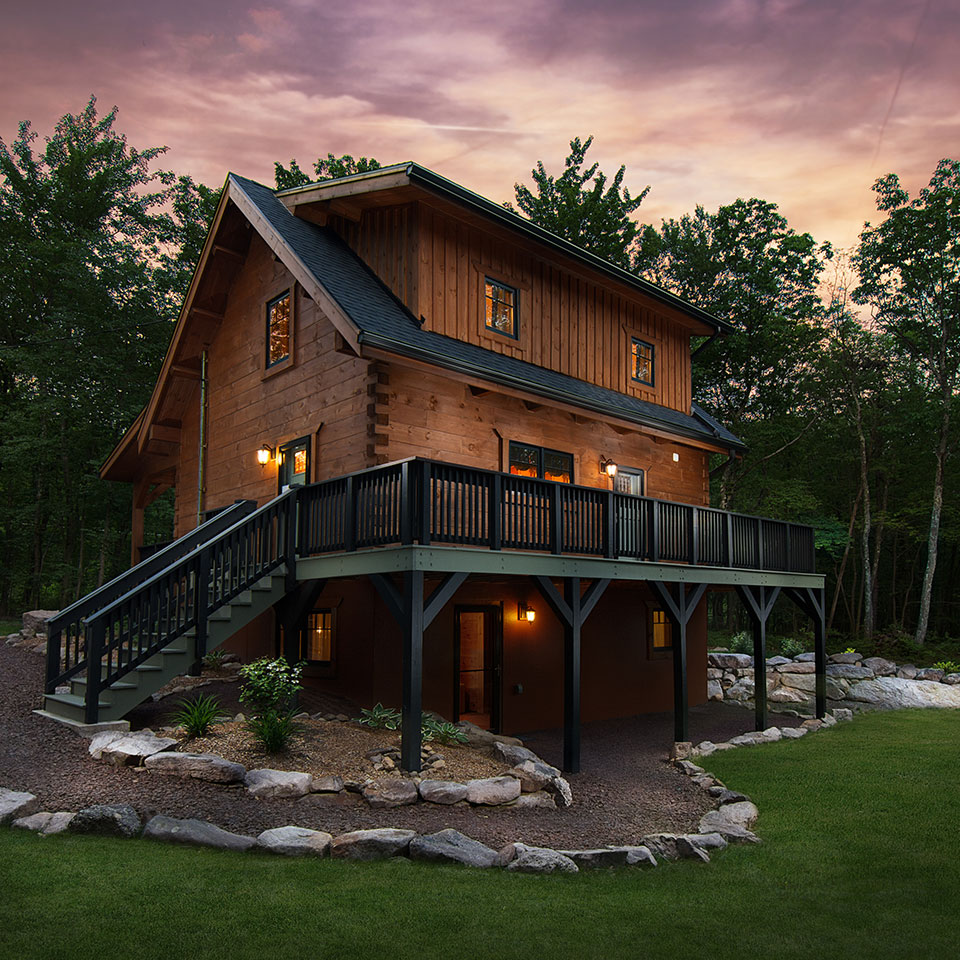 Large log 3-story cabin treated with Outlast® Q8 Log Oil CTA Products